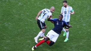 Paul Pogba Javier Mascherano France Argentina World Cup 30062018