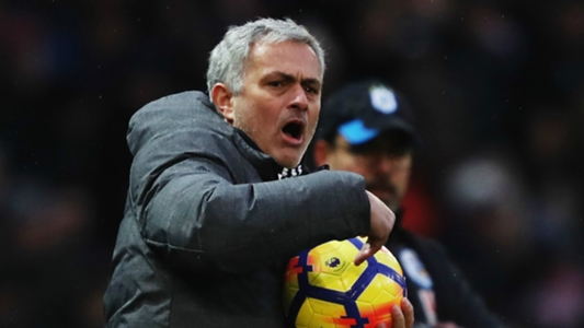 Best-behaved? Mourinho claims he would win award for pitchside manners