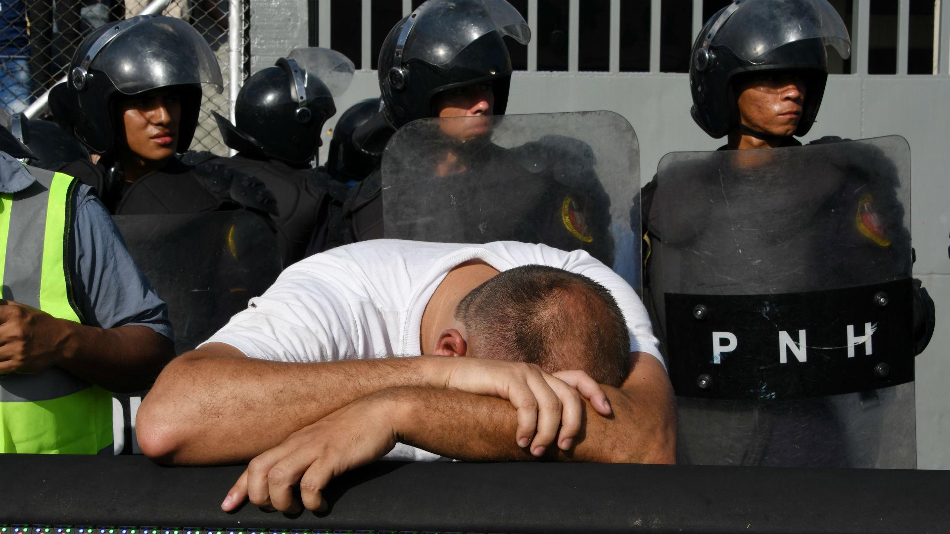 Honduras: ressa e panico allo stadio, 4 morti