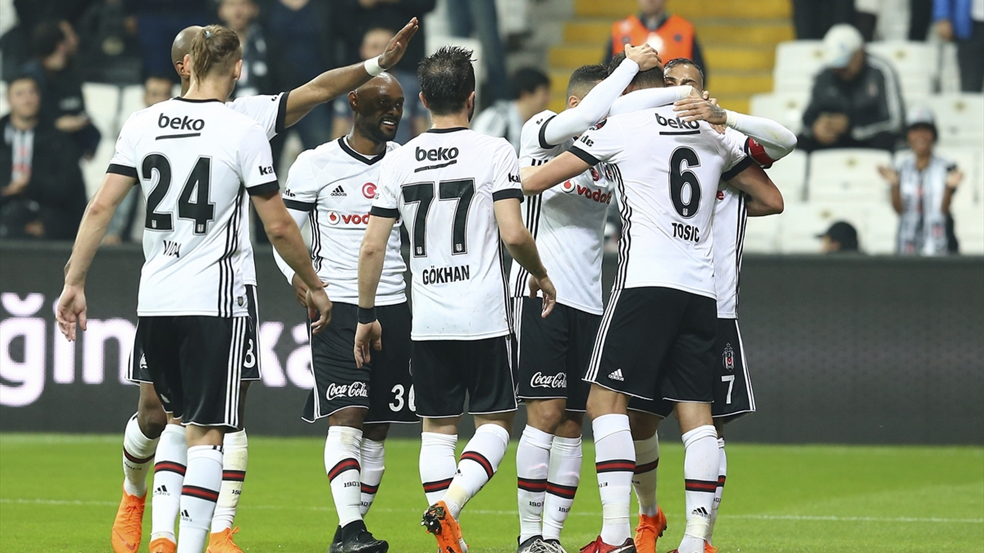 Besiktas goal celebrating 572018