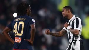 Douglas Costa Stephane Omeonga Juventus Genoa