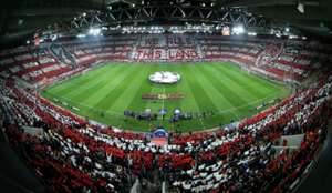Olympiacos Fans Vs Barcelona