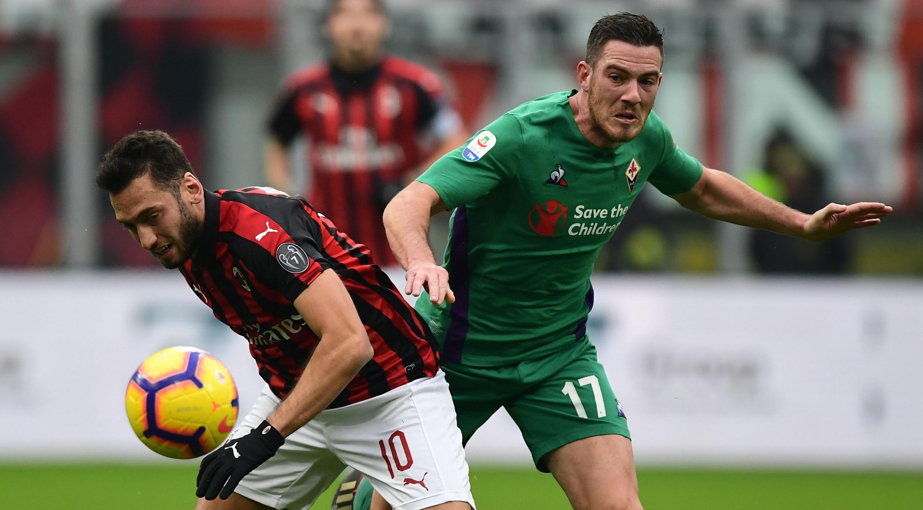 Calhanoglu Veretout Milan Fiorentina