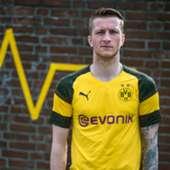 Embed only - Marco Reus Borussia Dortmund kit 2018-19
