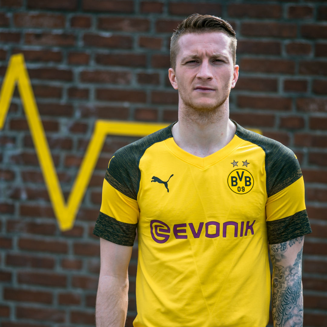 Embed only - Marco Reus Borussia Dortmund kit 2018-19