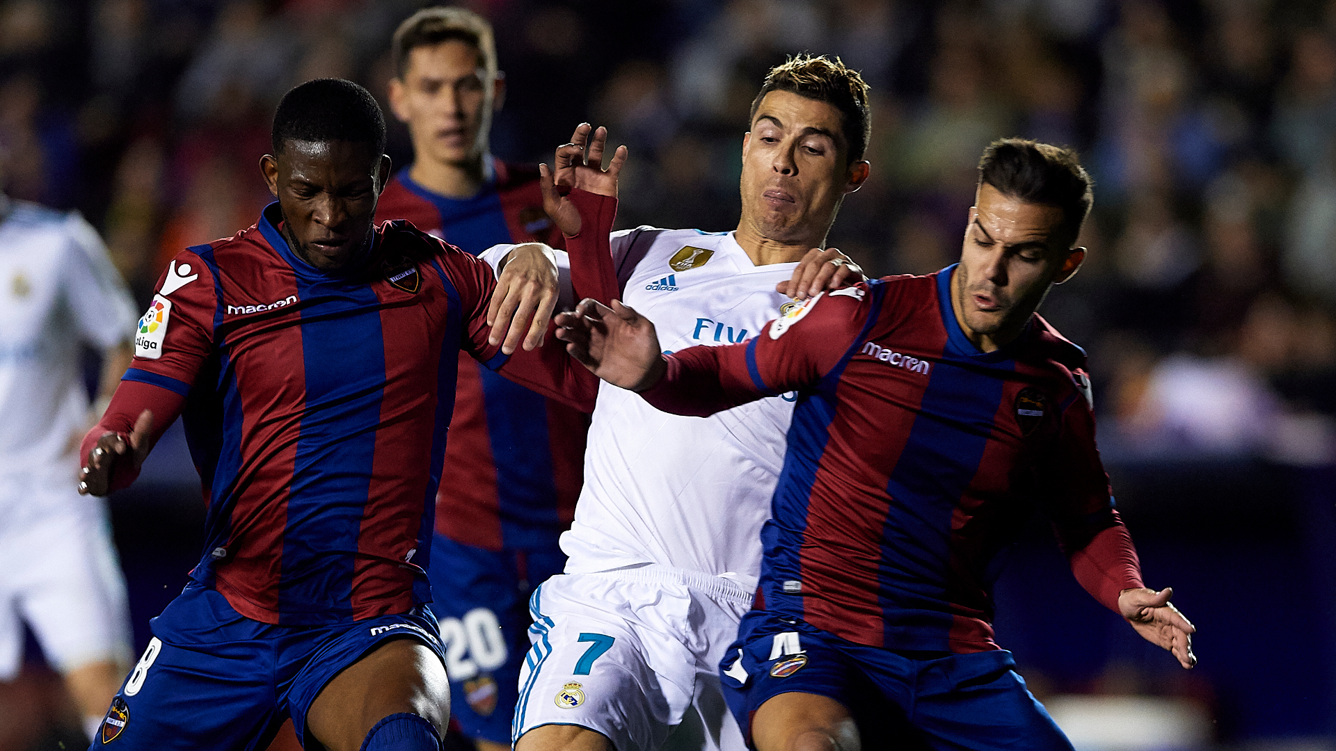 Liga 2017/2018: il Real Madrid pareggia per 2-2 in casa del Levante