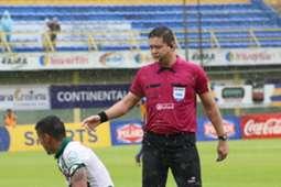 Arbitro Samaniego (Paraguay) 29-11-18