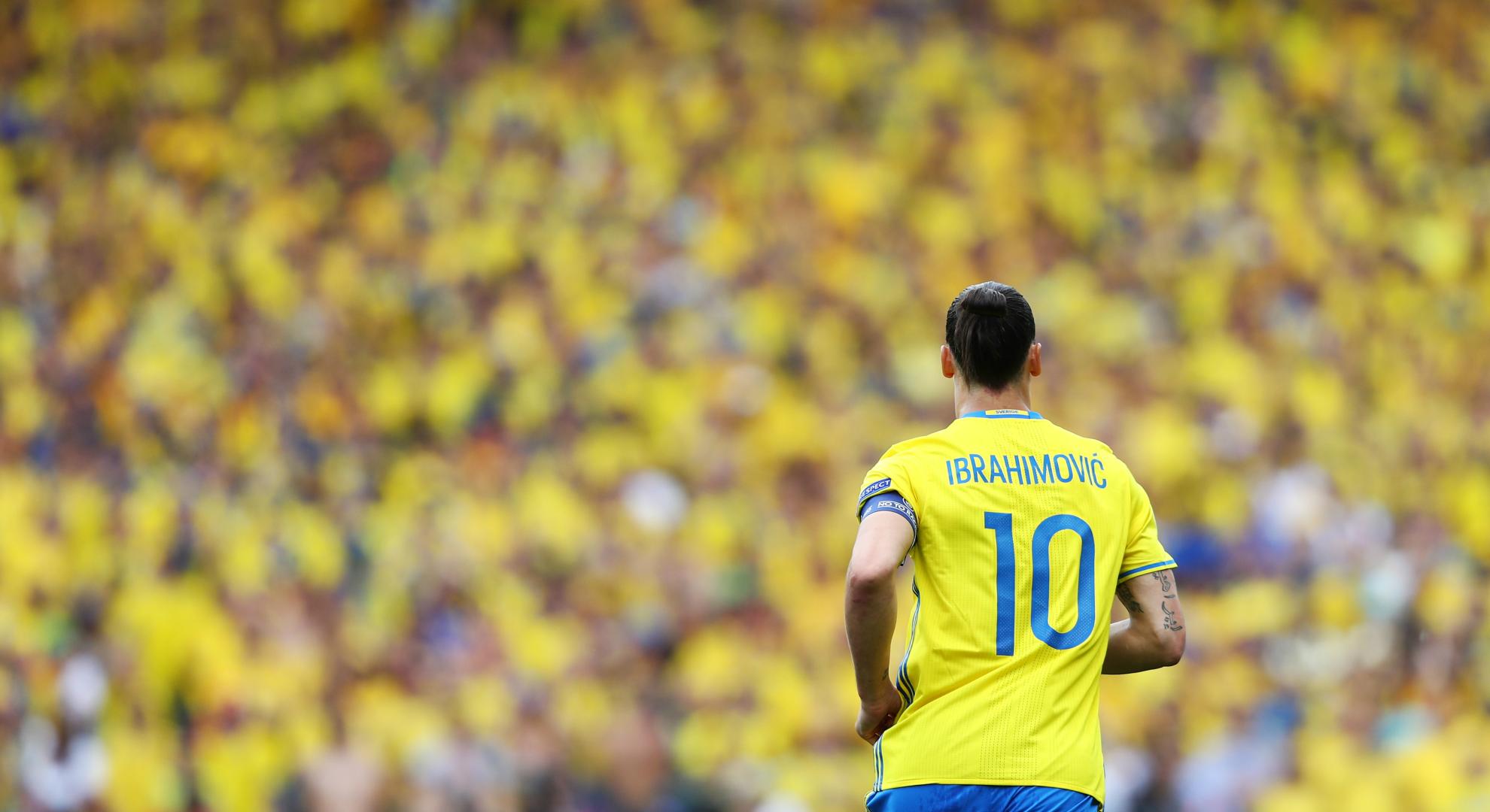 ผลการค้นหารูปภาพสำหรับ โกลสวีเดนเบรคซลาตันร่วมทีมลุยบอลโลก