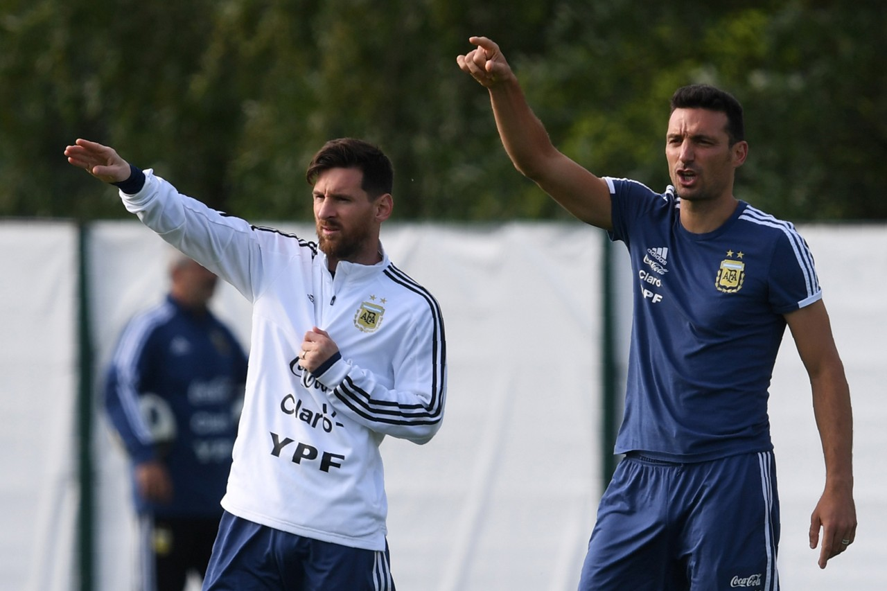 Image result for scaloni messi