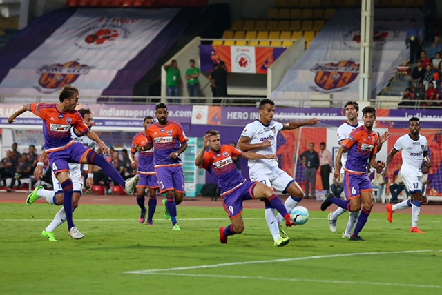FC Pune City Chennaiyin FC ISL 2017 2018
