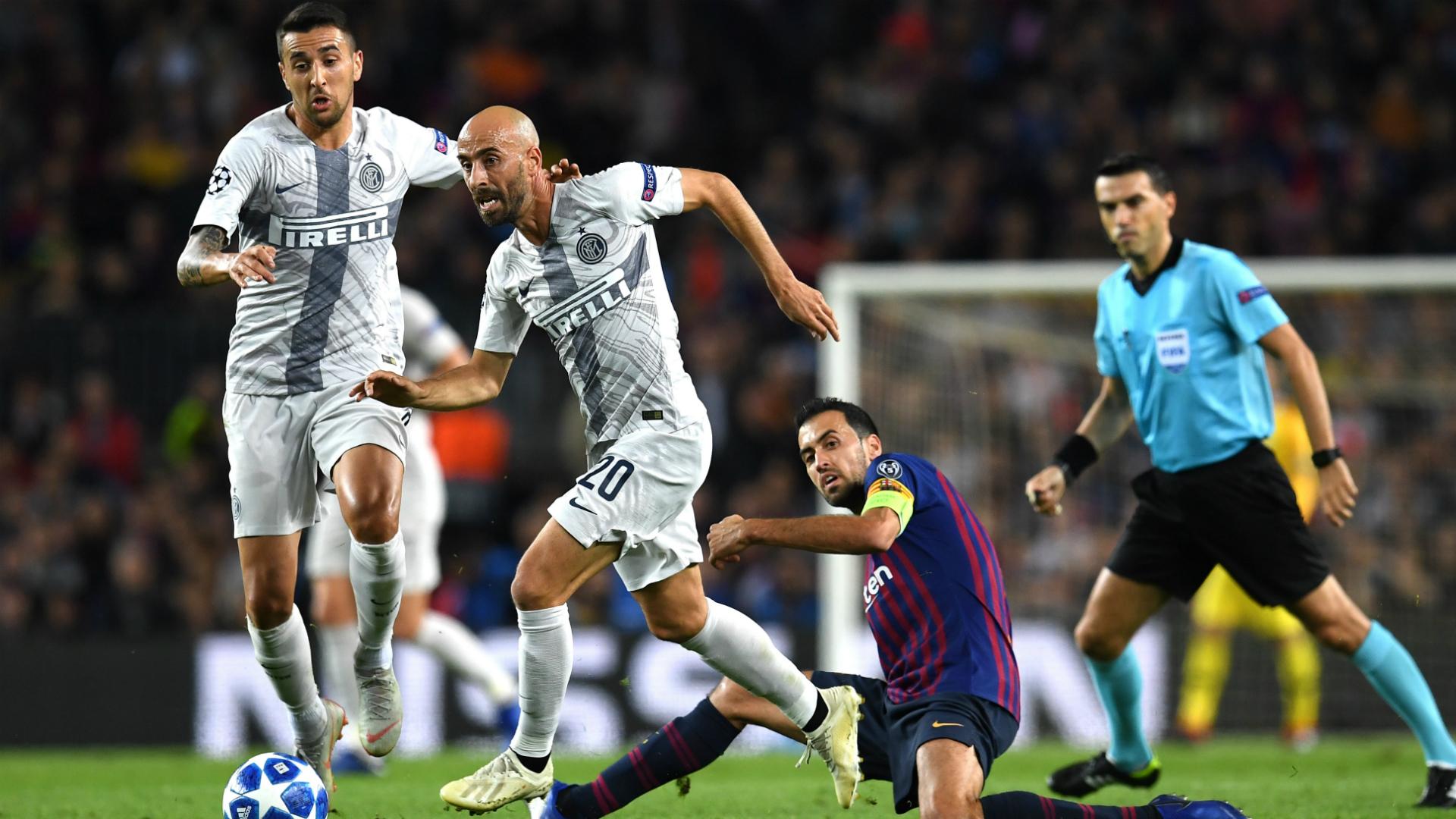 Borja Valero Sergi Busquets Barcellona Inter Champions League
