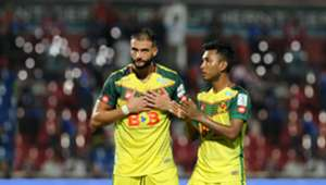 Kedah's Liridon Krasniqi (left) shows his appreciation towards the fans after the match against Johor Darul Ta'zim 20/1/2017