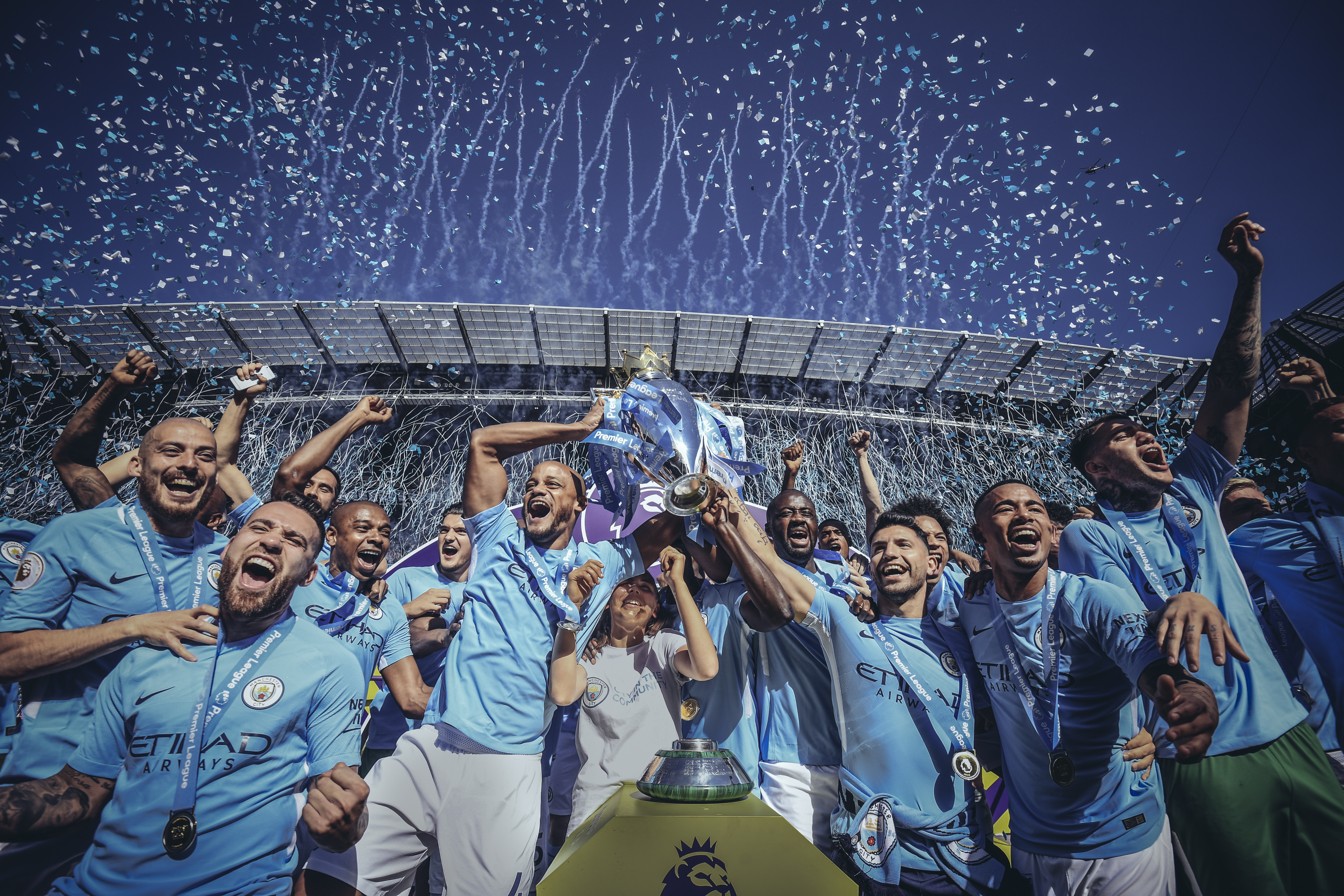 Manchester City Premier League Trophy 2018