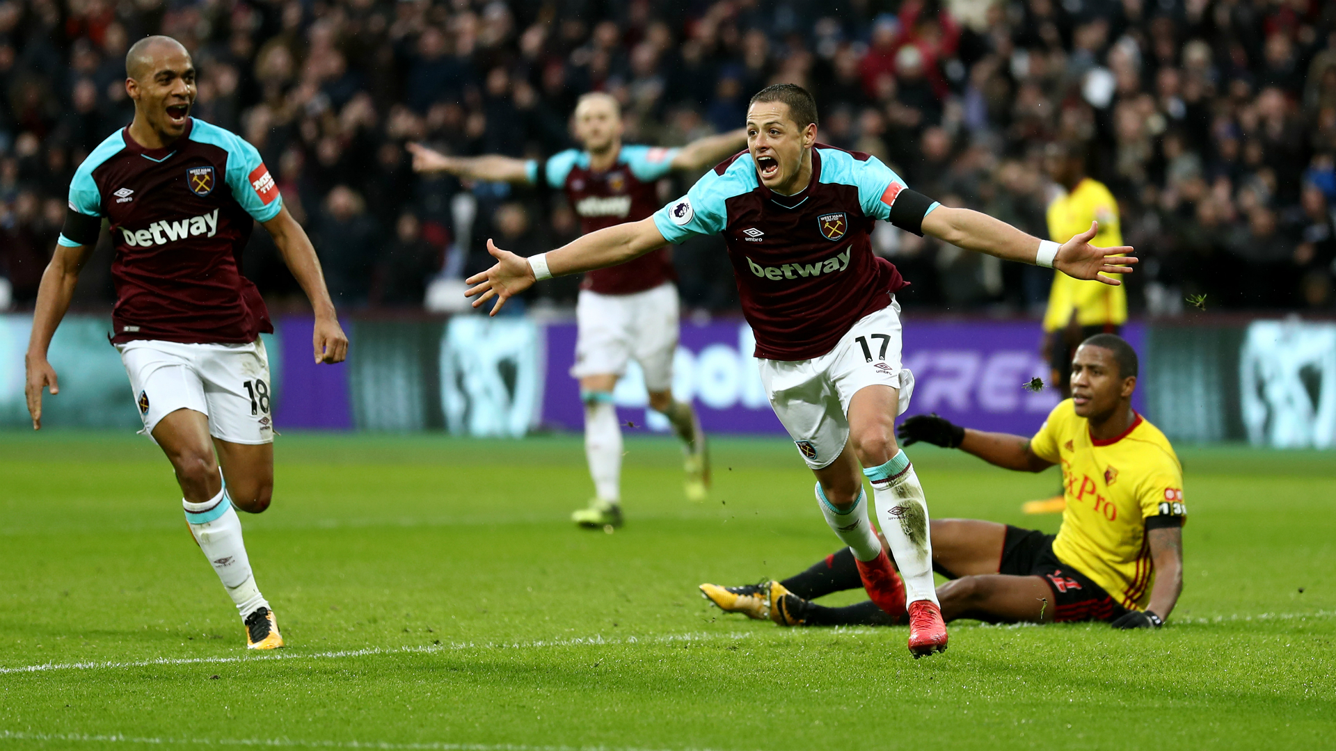 Chicharito vs Watford