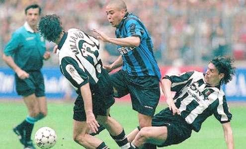 Ronaldo Iuliano 19980426