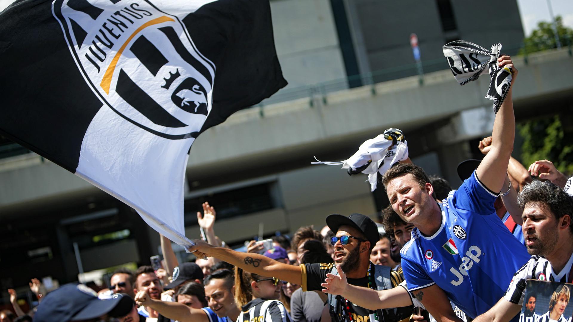Juventus fans, Serie A, 04062017