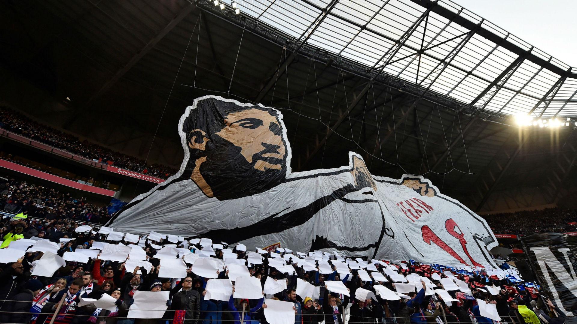 Benzema s'invite dans le derby OL-ASSE — OL