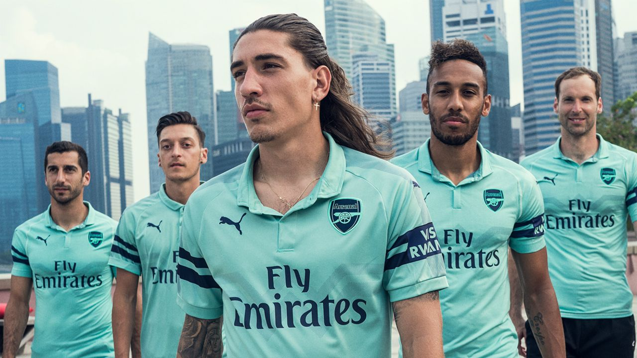 e55250542f4 2018-19 kits: Every new, official home and away jerseys for Barcelona, Man  Utd, Liverpool & more   Sporting News