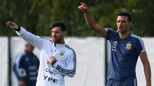 Messi Scaloni WC Russia 2018
