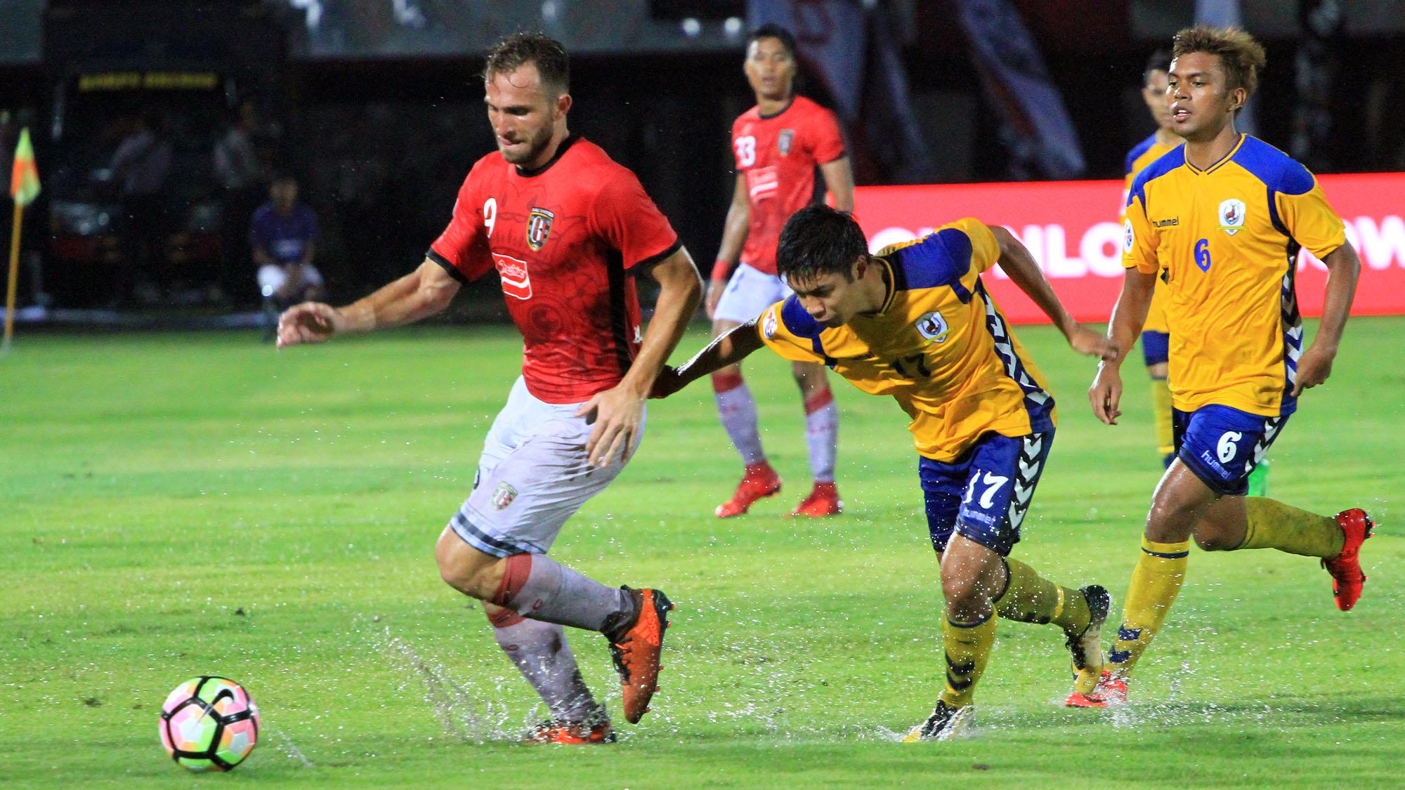 Ilija Spasojevic - Bali United & Tampines Rovers