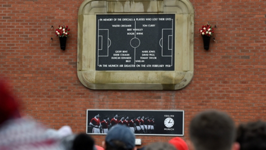 Tributes paid to Munich victims at Old Trafford memorial service