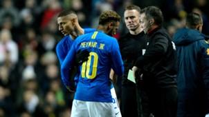 Richarlison Neymar injury Brazil Cameroon Friendly 20112018