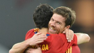 Alvaro Arbeloa Xabi Alonso Spain 01072012