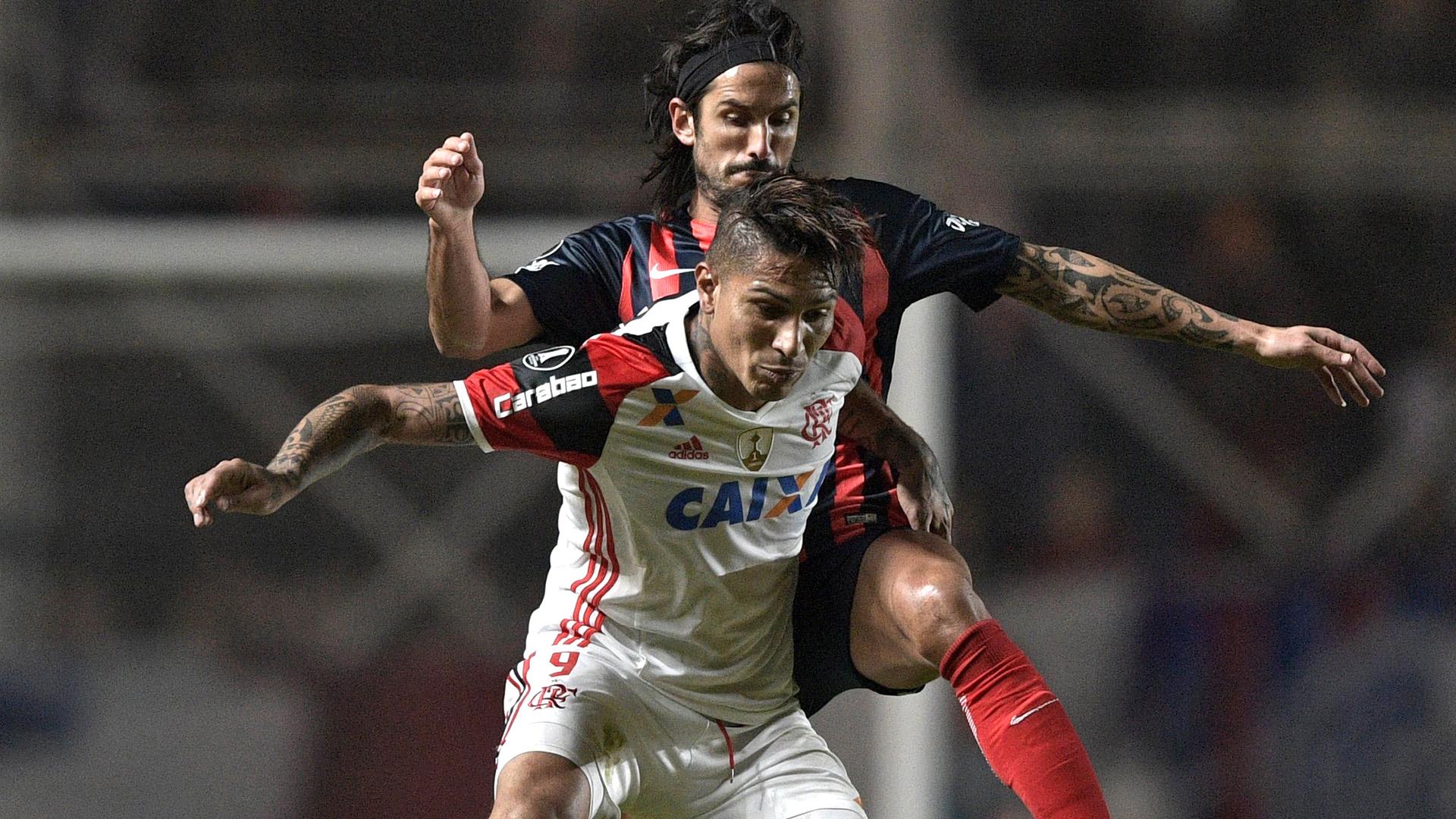 Paolo Guerrero Marcos Angeleri San Lorenzo Flamengo Libertadores 17052017