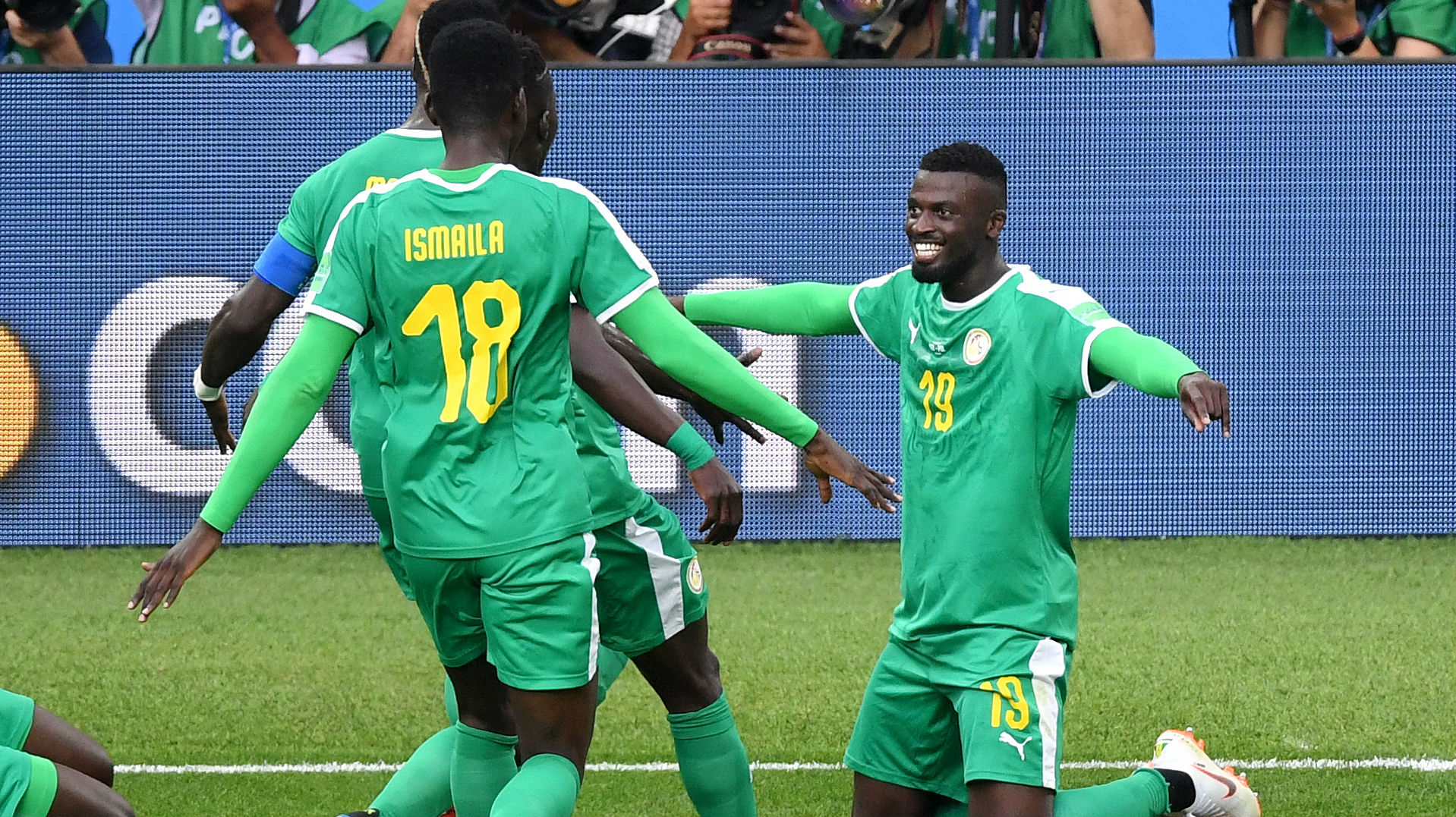 Senegal Upsets Poland 2-1