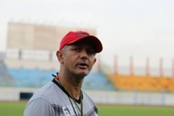 Gomes De Oliveira - Pelatih Madura United