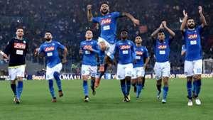 Napoli celebrating vs Roma
