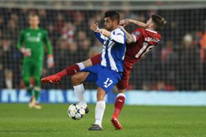 Tecatito Corona Liverpool Porto