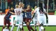 Sofiane Feghouli Olcay Sahan Trabzonspor Galatasaray 10292017