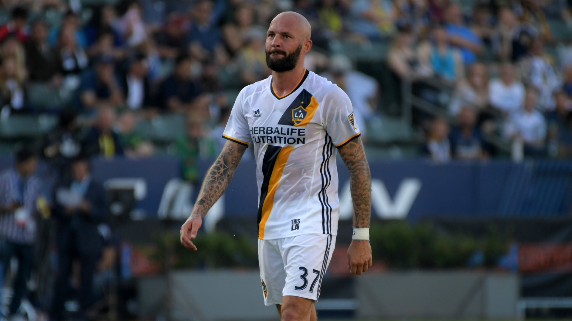Galaxy send team captain Jelle Van Damme home to Belgium