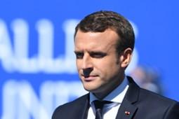 Emmanuel Macron Angers PSG