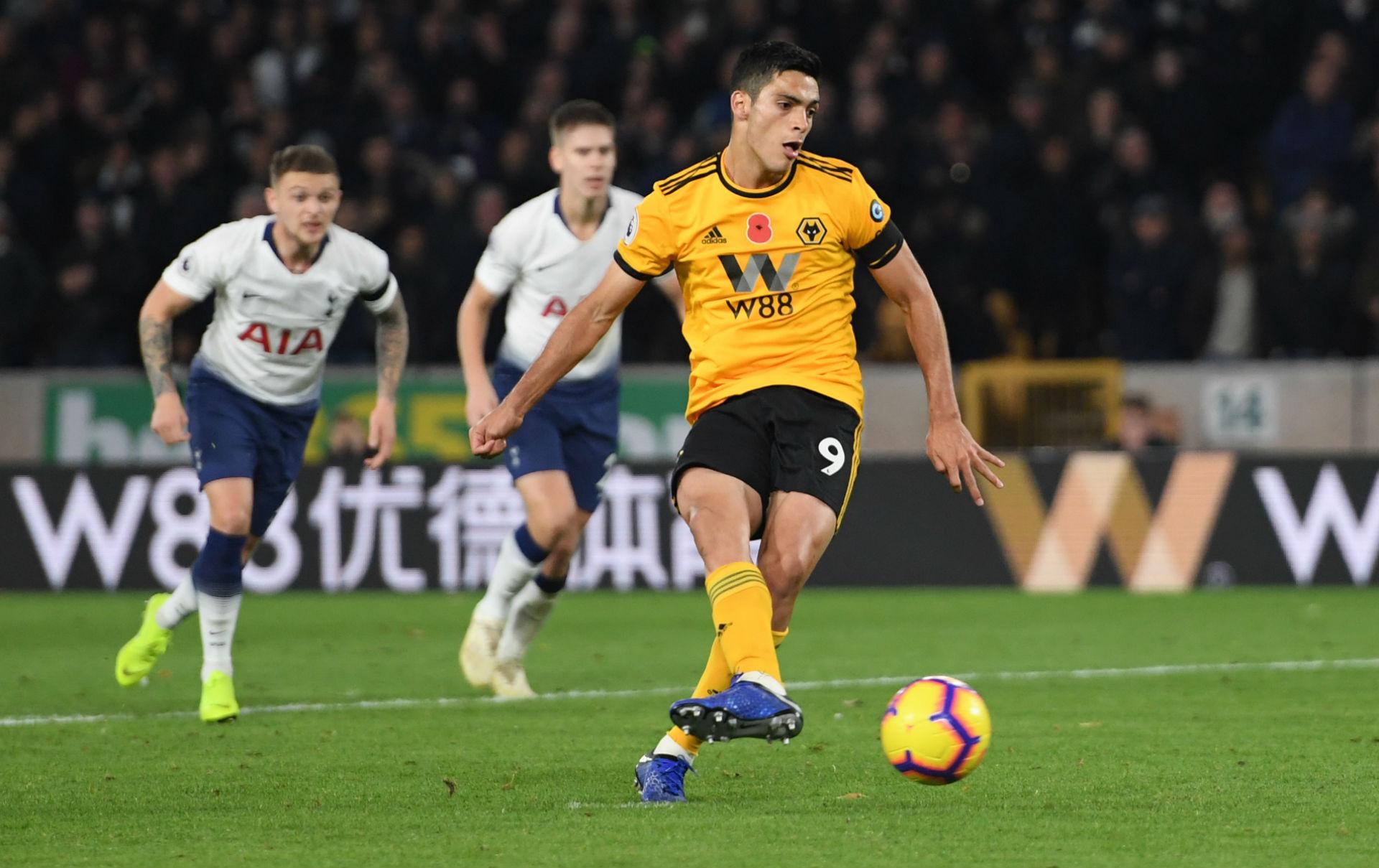 Raúl Jiménez Wolves Tottenham