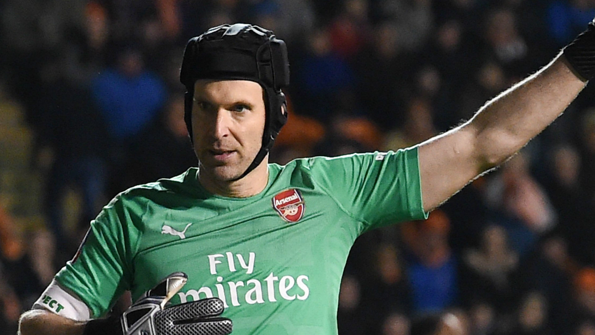 Petr Cech; an unforgettable goalkeeping great | Sporting News