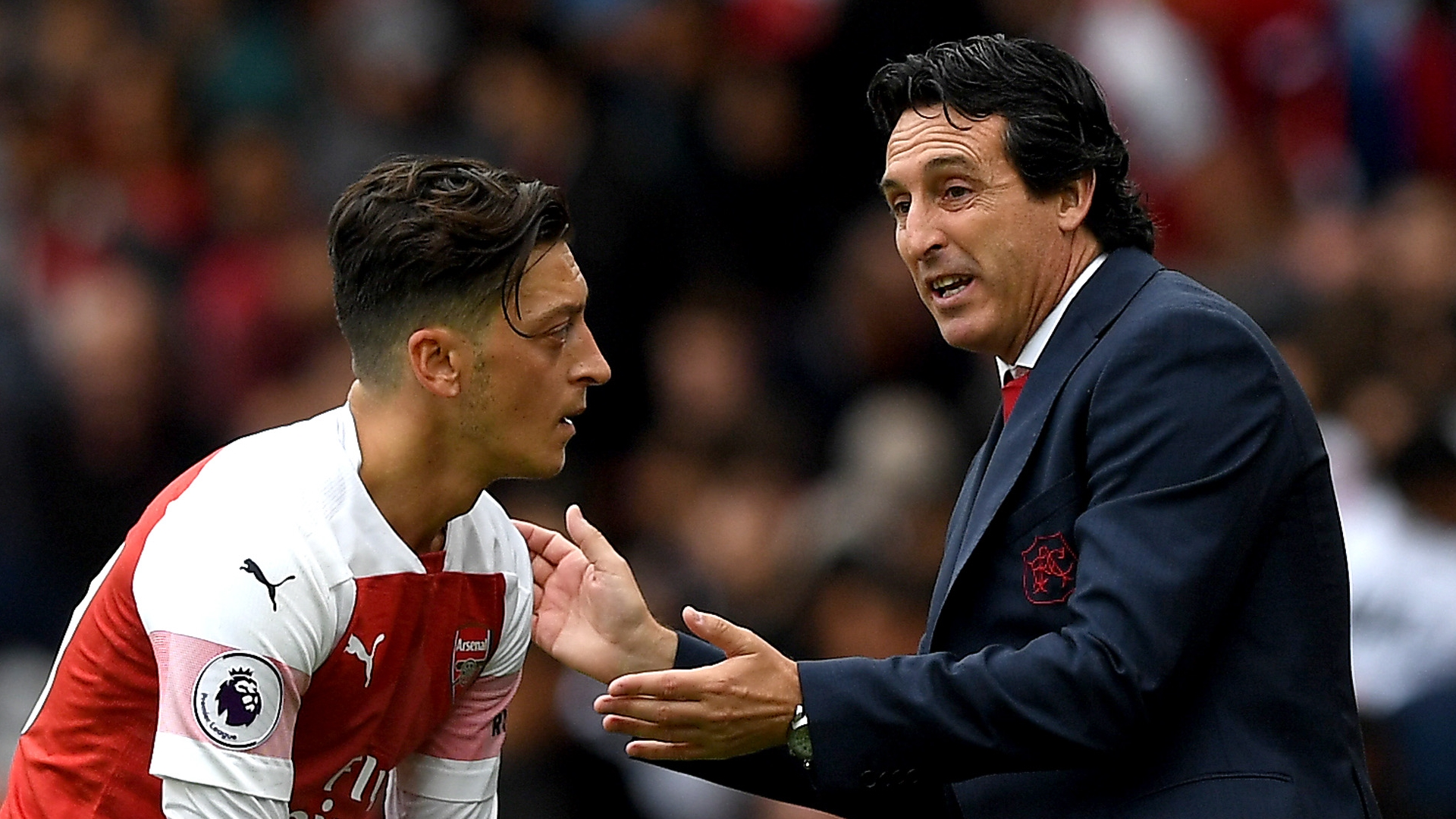 Mesut Ozil, Unai Emery, Arsenal
