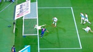 Luis Suarez gol fantasma Barcelona Deportivo