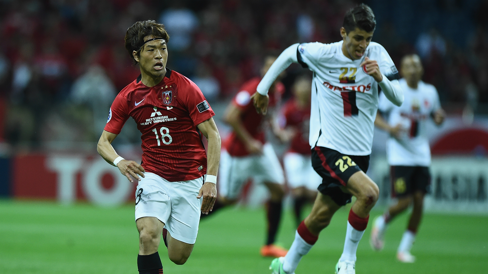 Yoshiaki Komai Jonathan Aspropotamitis Urawa Red Diamonds v Western Sydney Wanderers AFC Champions League 26042017
