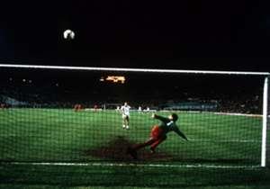 Il 30 maggio 1984 è la data più funesta nella storia della Roma: quel giorno, allo stadio Olimpico, i giallorossi persero ai rigori la finale di Coppa dei Campioni contro il Liverpool. Alla vigilia dell'emozionante rivincita in Champions League, scopri...