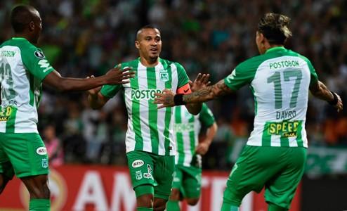 Atlético Nacional gol Macnelly Torres vs Delfin Copa Libertadores