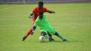 Kotoko captain Amos Frimpong and Bechem's Emmanuel Owusu