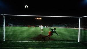 Bruce Grobelaar 1984 Roma Liverpool
