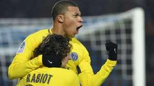 Kylian Mbappe Adrien Rabiot Strasbourg PSG Ligue 1 02122017