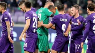 Fiorentina celebrating vs Benevento Serie A