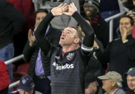 Rooney inspires D.C. United into MLS playoffs