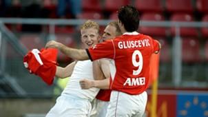 Dirk Kuyt, Igor Gluscevic, FC Utrecht, 04182003