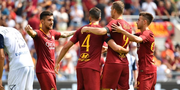 Roma celebrating Chievo