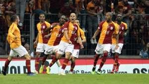 Onyekuru and Feghouli's goals secure Turkish Super Lig title for Galatasaray